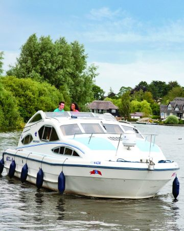 Boating Holidays with Hoseasons